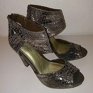Seychelles Brown/Silver Leather Wedge Heels Sz 8.5